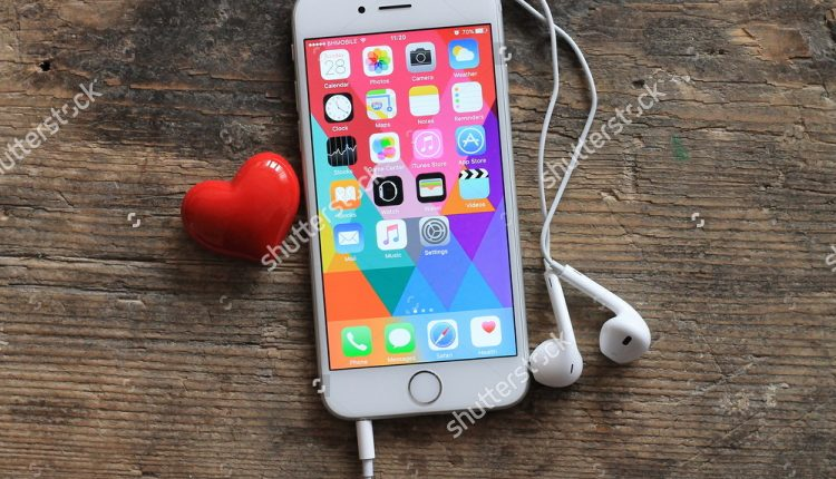 stock-photo-sarajevo-bosnia-and-herzegovina-february-new-gray-iphone-with-colorful-screen-and-395741083